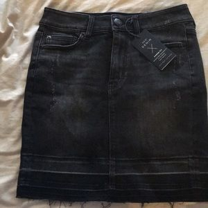 Dresses & Skirts - NWT AEO Denim Black Pencil Skirt